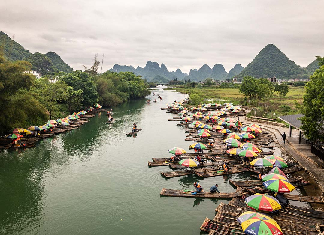 Rafting Down the Yulong River to Dragon Bridge