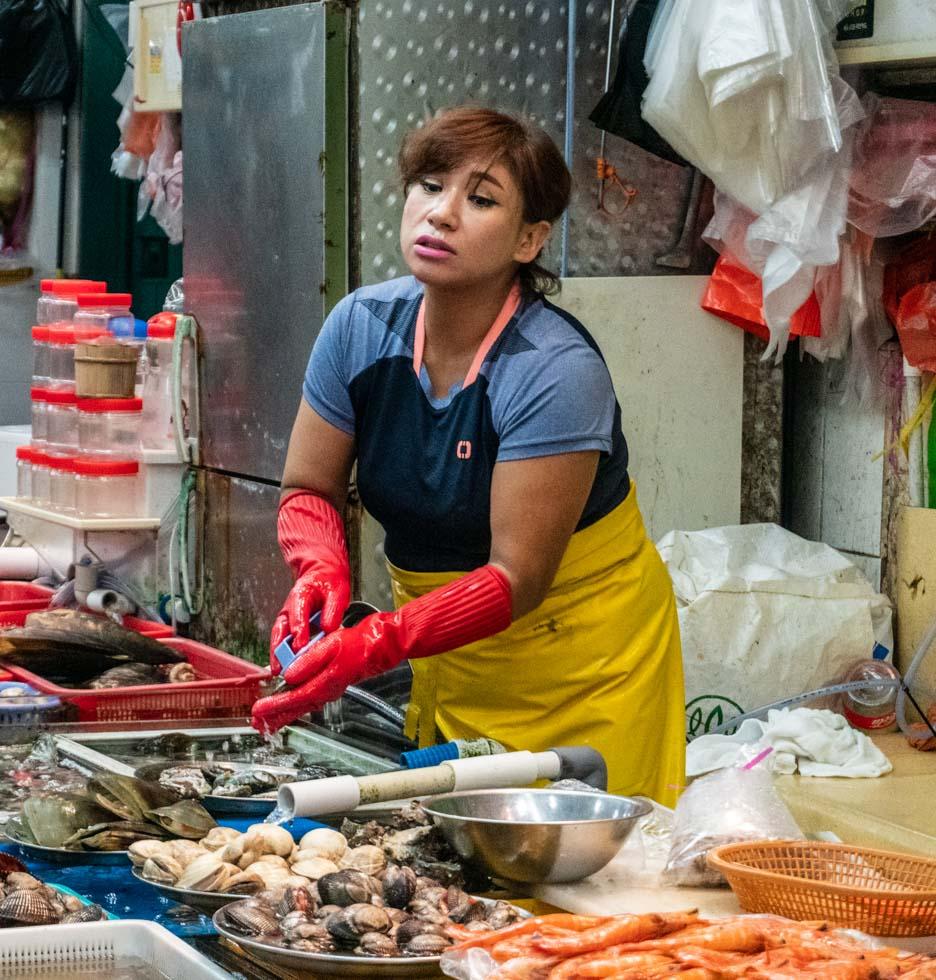 Busan - Jagalchi Seafood Market vendor
